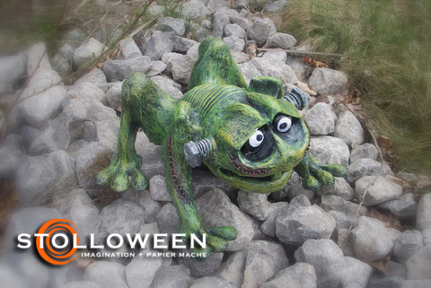 stolloween-frog-photos-15