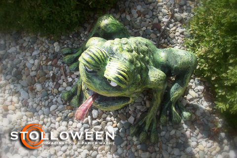 stolloween-frog-photos-36