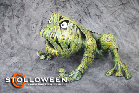stolloween-frog-photos-41