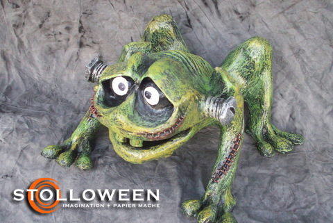 stolloween-frog-photos-50