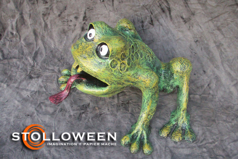 stolloween-frog-photos-53