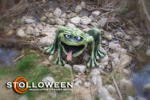 stolloween-frog-photos