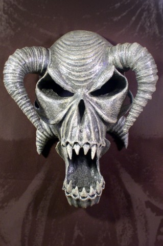 STOLLOWEEN SKULL WALL HANGING 001 (1)