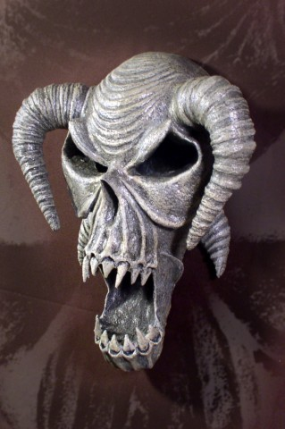 STOLLOWEEN SKULL WALL HANGING 001 (2)
