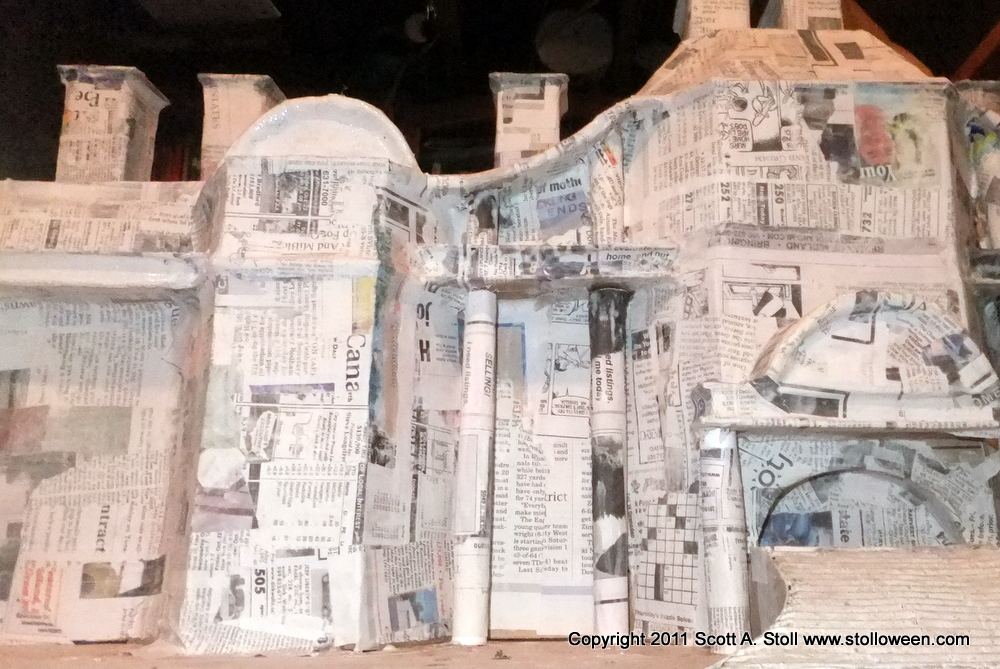 How to miniature asylum stolloween for Paper mache structure