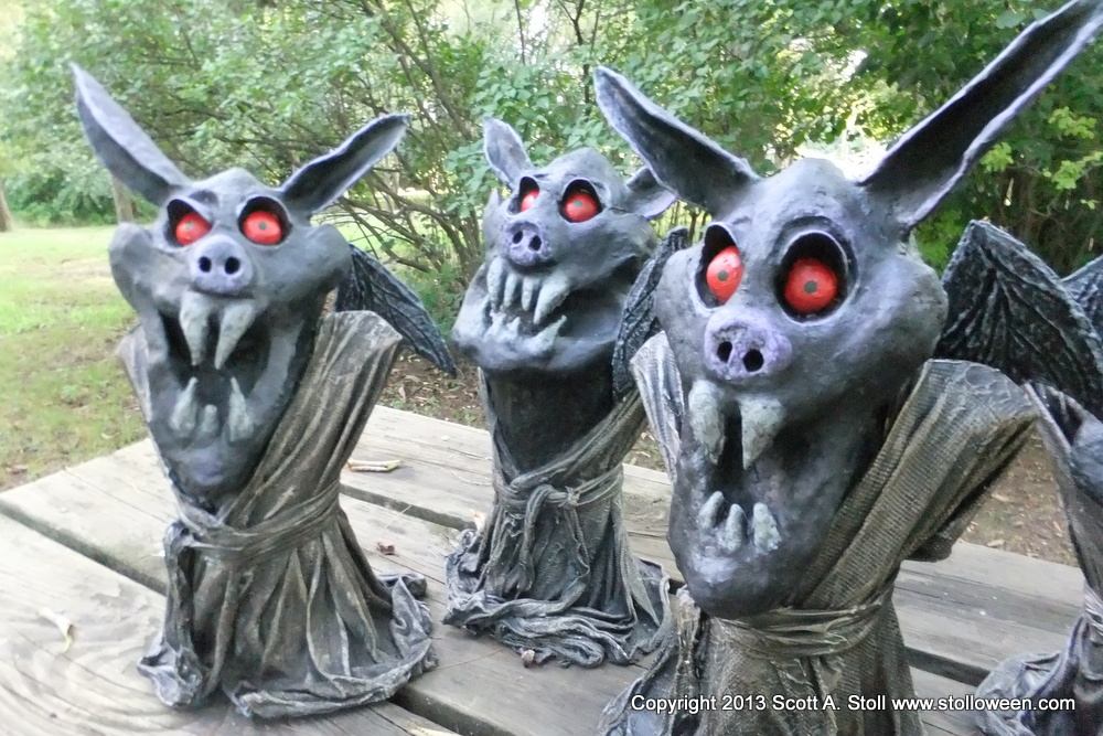 EVIL LITTLE BAT MINIONS GROUP (10)
