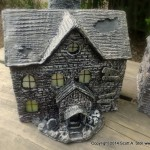 HAUNTED BUILDING MINIATURES (11)