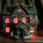 HAUNTED BUILDING MINIATURES (4)